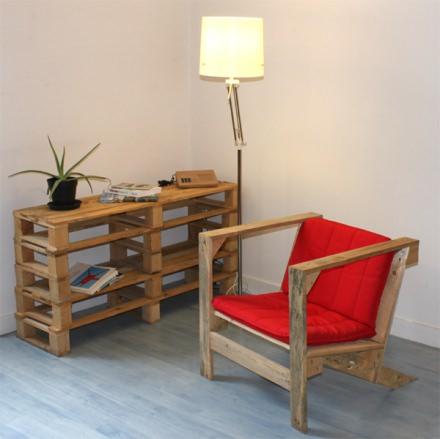 Pallet armchair