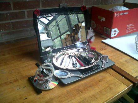 Laptop Vanity