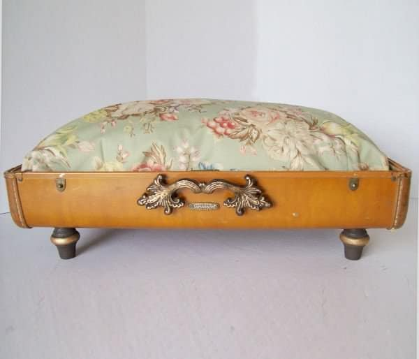 Recycled Vintage Suitcase Made into Unique Pet Bed Accessories Do-It-Yourself Ideas