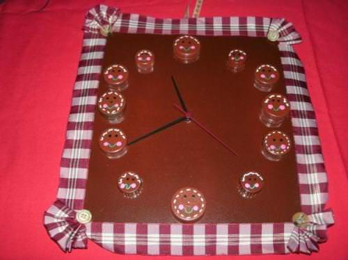 gingerbread-man-clock