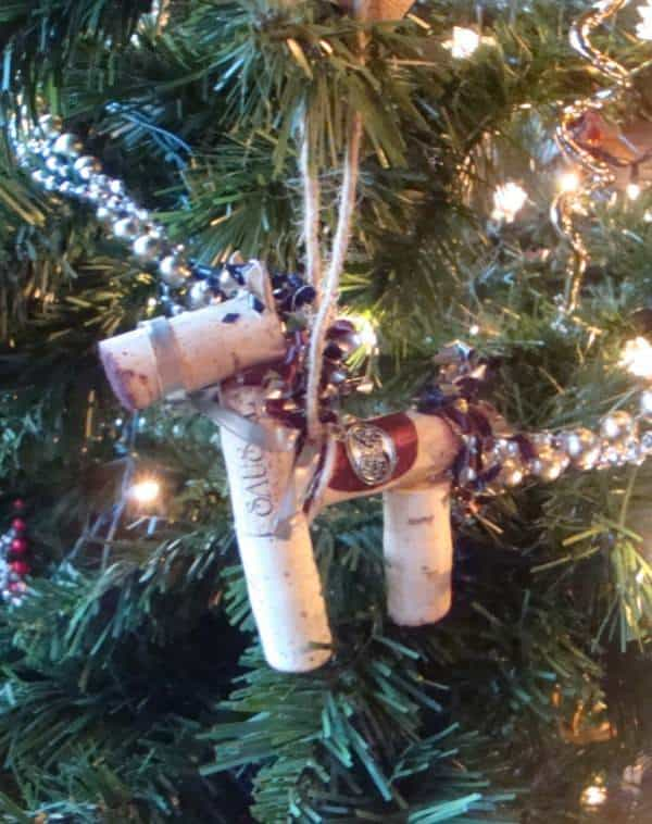 Resausaled Ornaments Made From Tasting Room Waste Products Accessories Do-It-Yourself Ideas Recycled Cork