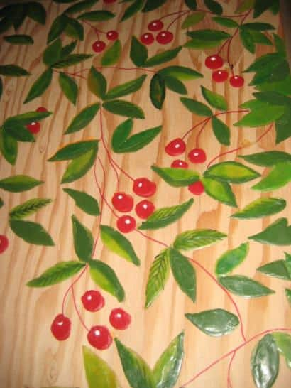 Recycled raw materials, wood and wall paper