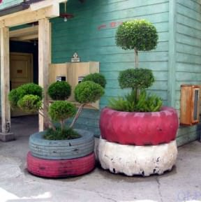 Tire planters