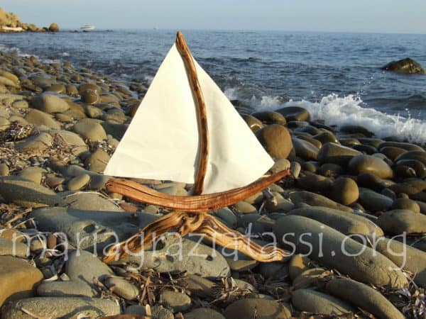 Barchetta Low 600x450 VenutidalMare in wood art  with 