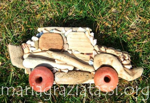 car Low VenutidalMare in wood art  with 
