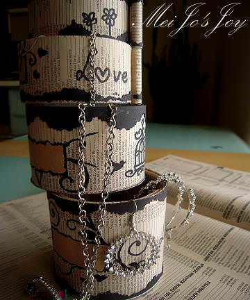 Upcycled Pringles's Tube to Rotating Layered Storage Box Recycled Packaging
