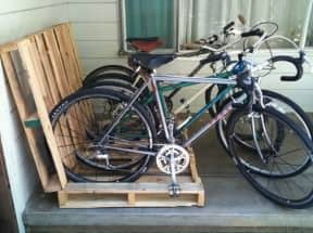Pallet = easy bikerack