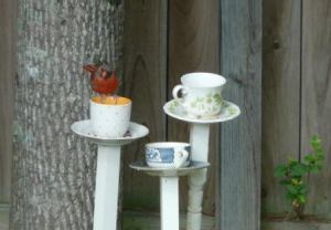 DIY : Tea cup bird feeder