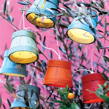 Wooden pots garland Do-It-Yourself Ideas Lamps & Lights Recycled Packaging Wood & Organic