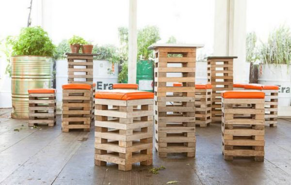 Recycled Pallets Into Stools Recycled Pallets