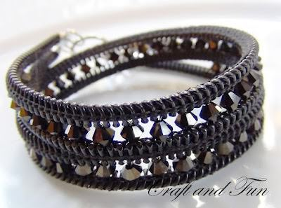 DIY zipper bracelet