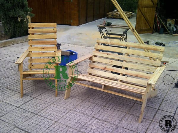Pallet recycles chairs and bench in furniture pallets 2  with Wood upcycled furniture Recycled Pallets Garden ideas Chair Bench