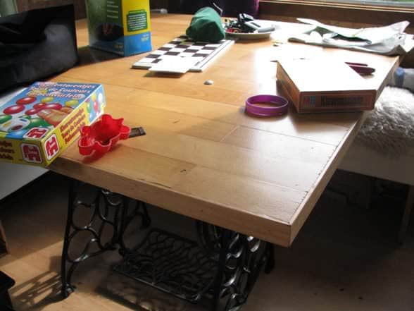 tuintafel1 Wooden floor table in diy architecture  with Table old
