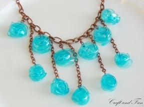 Tutorial &#8211; Necklace made with recycled plastic bottle