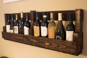 DIY : Pallet wine rack