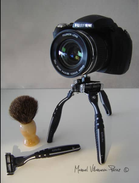 Disposable Razors Tripod Accessories Do-It-Yourself Ideas Recycled Electronic Waste