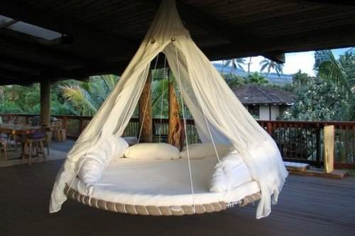Reused trampoline into swinging bed in furniture  with Bed