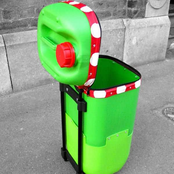 Trolley bidon2 Recyclart September contest winner: The Plastic Drum trolley in plastics  with trolley Recycled 