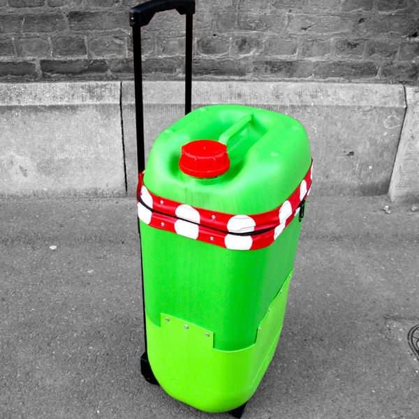Trolley bidon3 Recyclart September contest winner: The Plastic Drum trolley in plastics  with trolley Recycled 