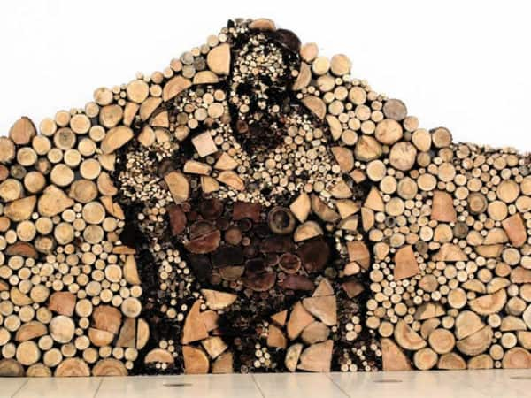 Wood logs Art in wood art  with Wood logs installation Art