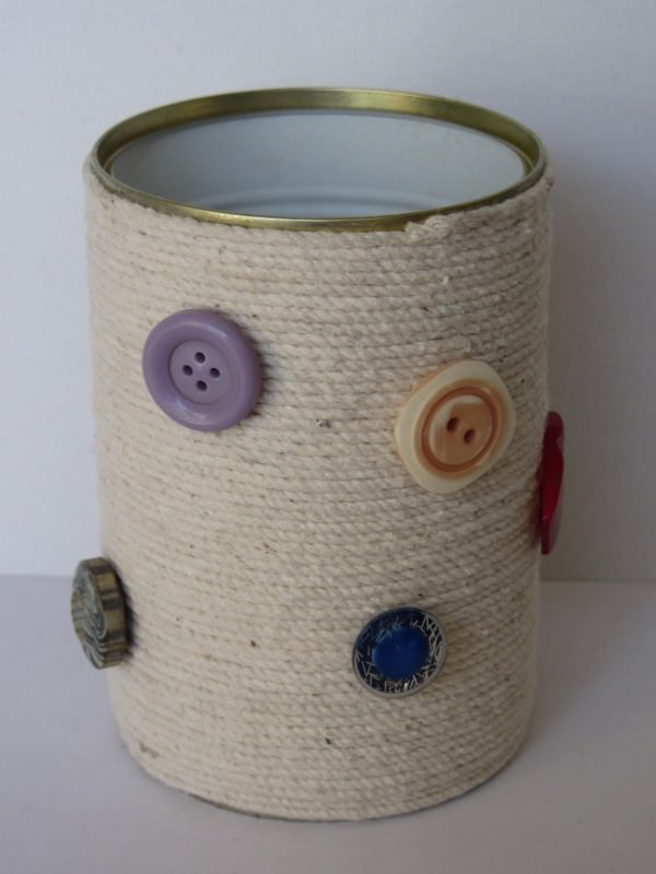 Recycled tin can in packagings diy  with Recycled Cans Button