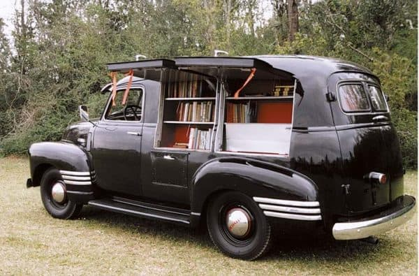 1949 chevy book mobile 600x395 1949 Chevy book mobile in social  with mobile library Book Automotive