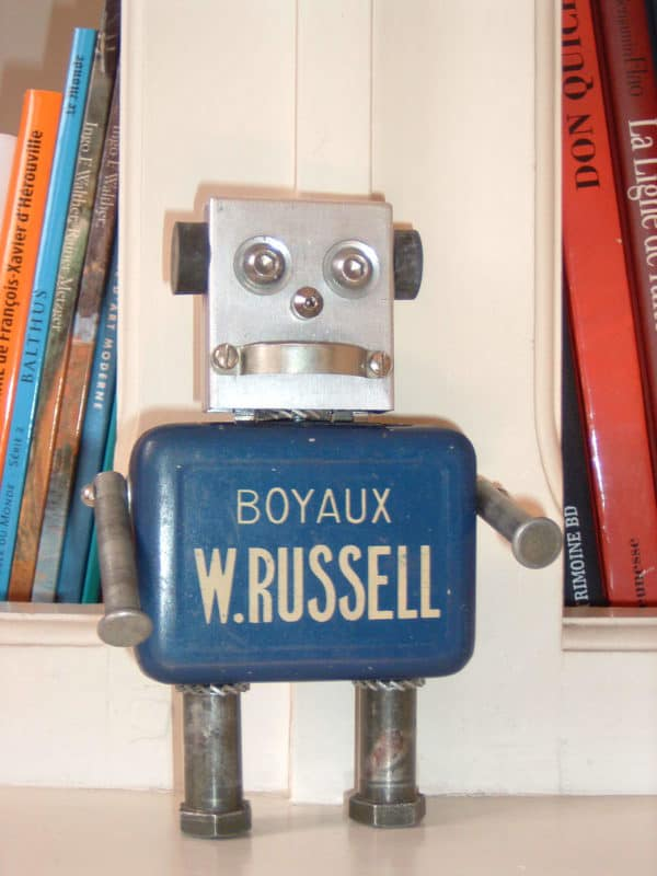 Amazing Robots made by Daphné Burge Recycled Art Recycling Metal
