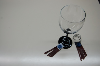 Identifiers for glasses of wine