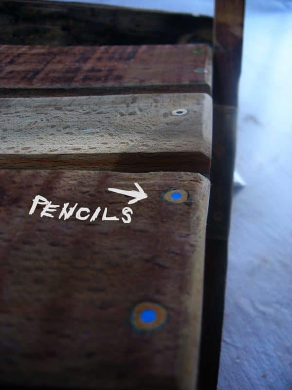 Wine barrel + old pencils = furniture Recycled Furniture Recycled Pallets