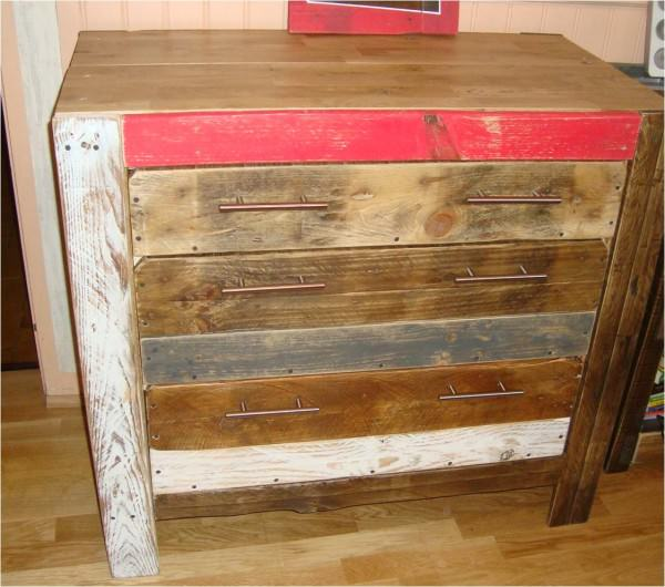 Image1 600x530 DIY: Pallet furniture  in pallets 2 furniture  with Pallets Furniture