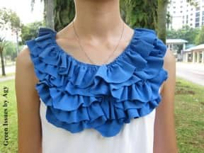 Refashioning an old t-shirt with ruffles