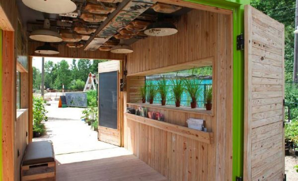 evergreen 31 600x364 Welcome hut from container in social architecture  with Social Garden Container 