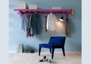 Ladder –> clothing rack