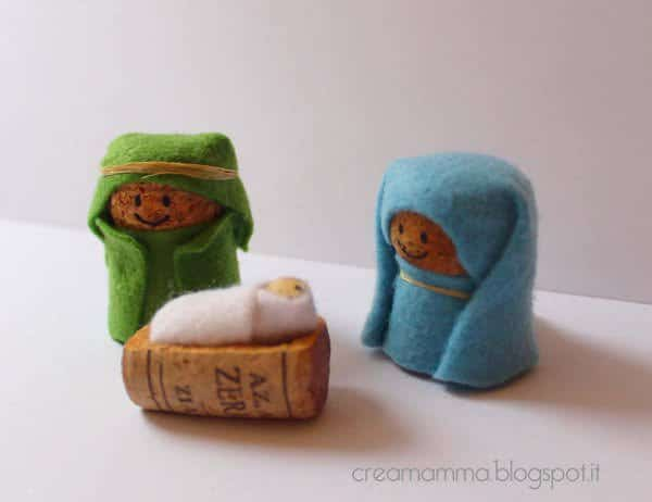 Corks Nativity in diy corks  with Upcycled Recycled