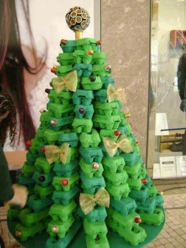 Egg carton christmas tree in social packagings diy  with