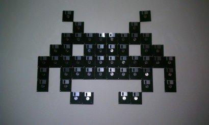 Floppy disk Invaders