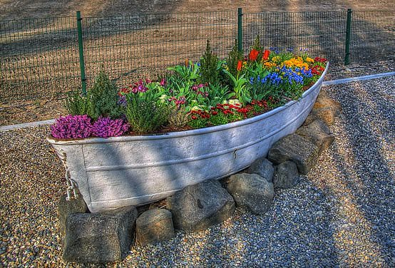 Old boat planter in garden 2 diy  with Planter Plant Garden ideas boat