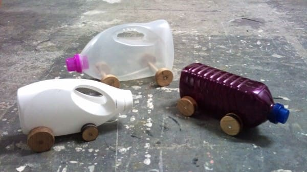 Laundry detergent cars in plastics packagings diy  with Toys Plastic detergent