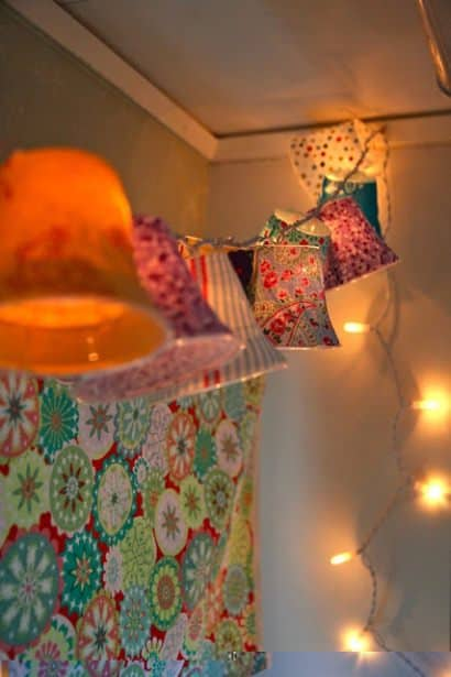 DIY : Lamp shades on a string