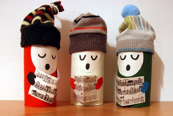 toilet paper 600x403 DIY : songsters to spread holiday cheers in diy cardboard  with Toilet Paper roll Paper &amp; Books Christmas 