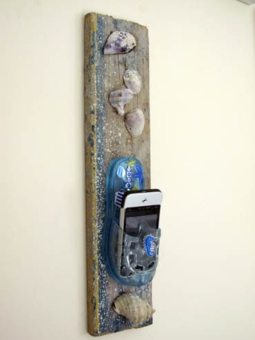 Phone Holder Do-It-Yourself Ideas Wood & Organic