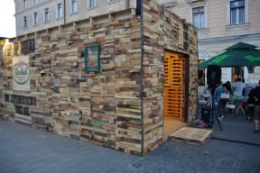 Wood art Pavillion from recycled pallets