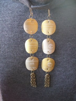 Goldie's Glamorous Goldtone Earrings