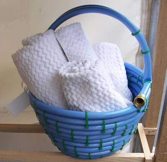 DIY: Hose basket Do-It-Yourself Ideas Garden Ideas