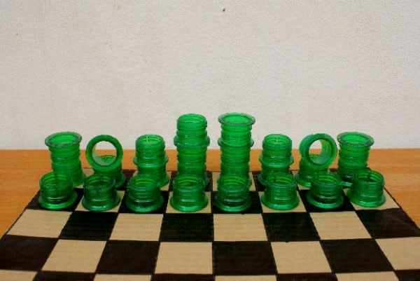 Poor Man's Chess Do-It-Yourself Ideas Recycled Plastic