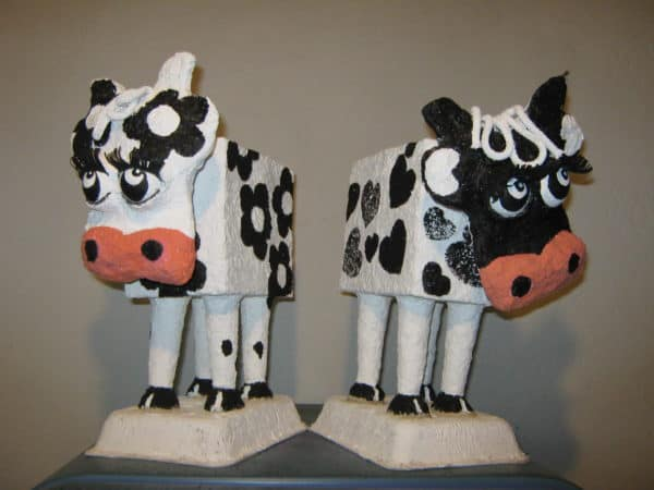 Vaca Lola Recycled Art Recycling Paper & Books
