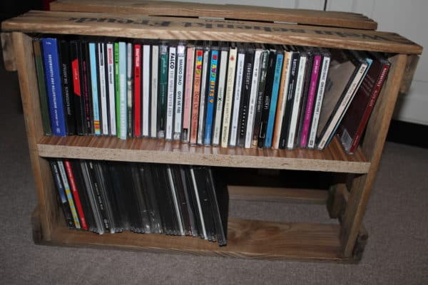 Wine Box Cd-shelf Do-It-Yourself Ideas Recycled Furniture Wood & Organic