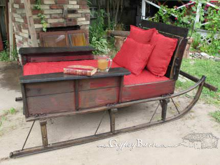 Cutter Sleigh Turned into Bed, Before-after Bike & Friends Do-It-Yourself Ideas Garden Ideas Recycled Furniture