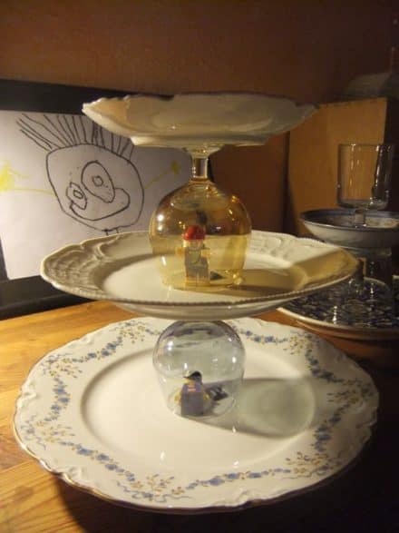 The great cake stand escape