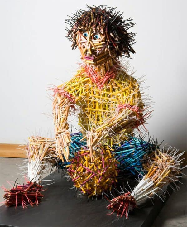 pencil sculpture guy 600x728 Pencils sculptures in art  with Sculpture Pencil Art